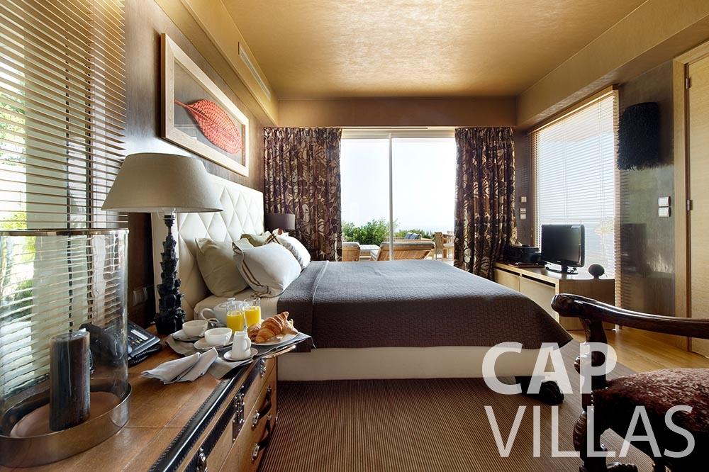 Villa Coco for rent cview saint jean cap ferrat bedroom