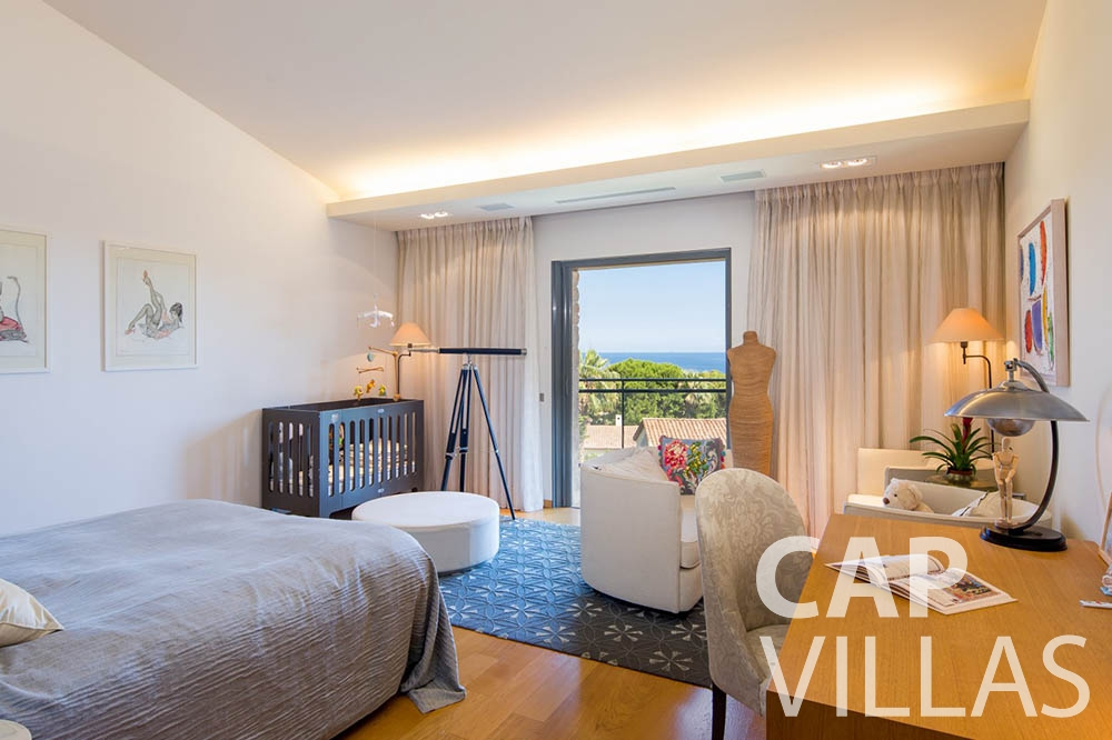 vacation rental st jean cap ferrat du cap bedroom