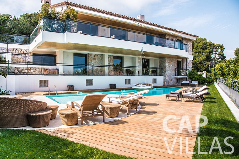 villa for rent st jean cap ferrat du cap property front