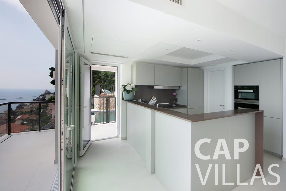 holiday rental Villa Emma roquebrune cap martin emma kitchen
