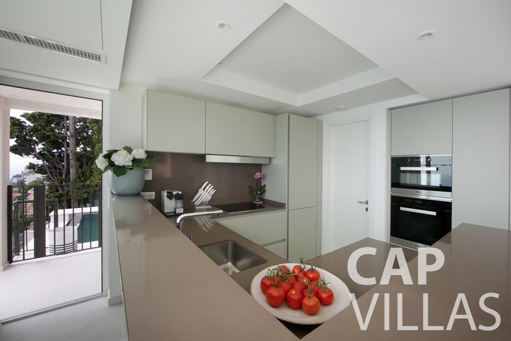 let Villa Emma roquebrune cap martin emma kitchen