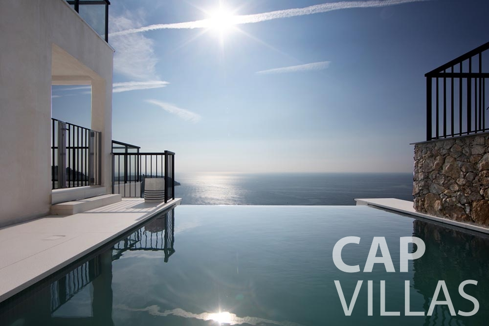 let Villa Emma roquebrune cap martin emma swimming pool