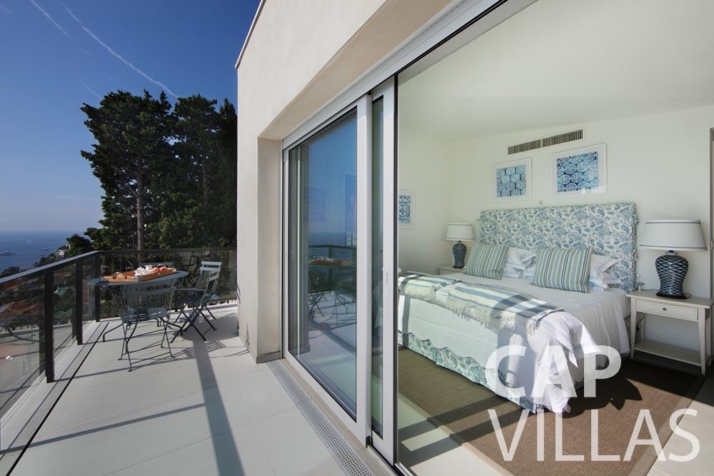 rent Villa Emma roquebrune cap martin emma bedroom terrace