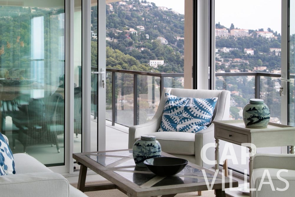 rent Villa Emma roquebrune cap martin emma living area sea view