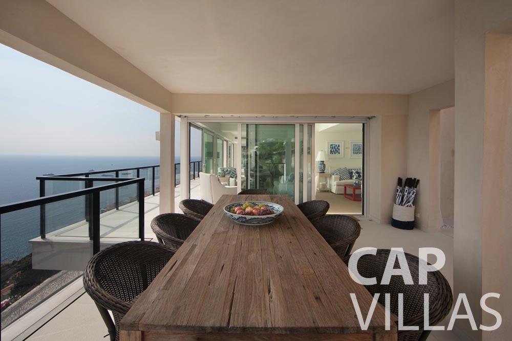 rent Villa Emma roquebrune cap martin emma outdoor dining area