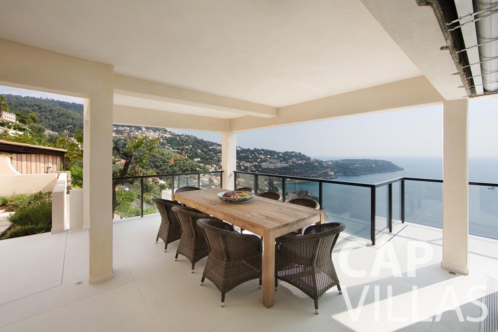 rent Villa Emma roquebrune cap martin emma terrace dining area