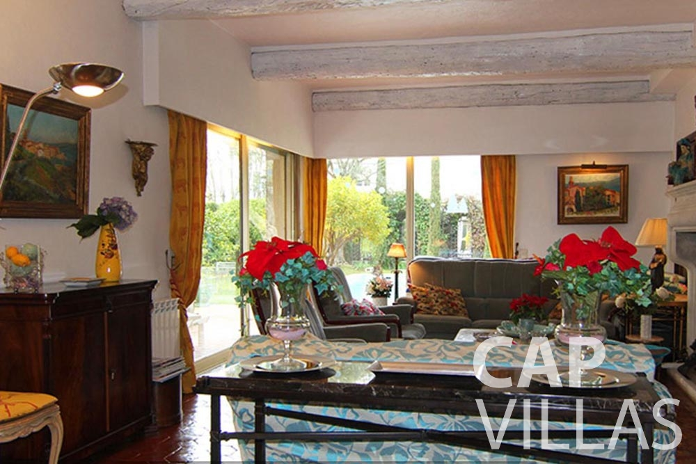 Villa Fabrizia for rent cap d antibes fabrizia living area