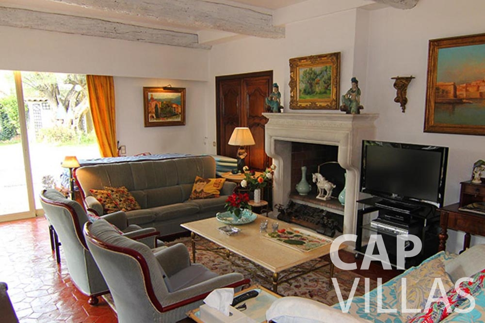 Villa Fabrizia for rent cap d antibes fabrizia living room