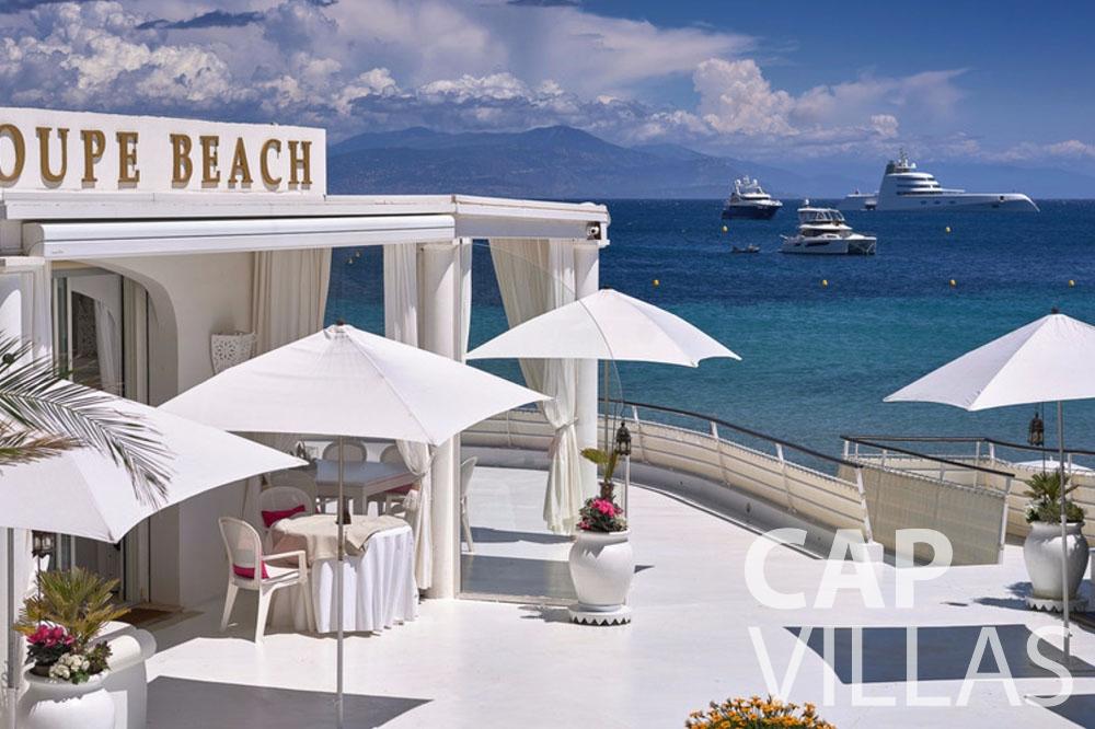 rent Villa Garoupe cap antibes garoupe terrace sea view