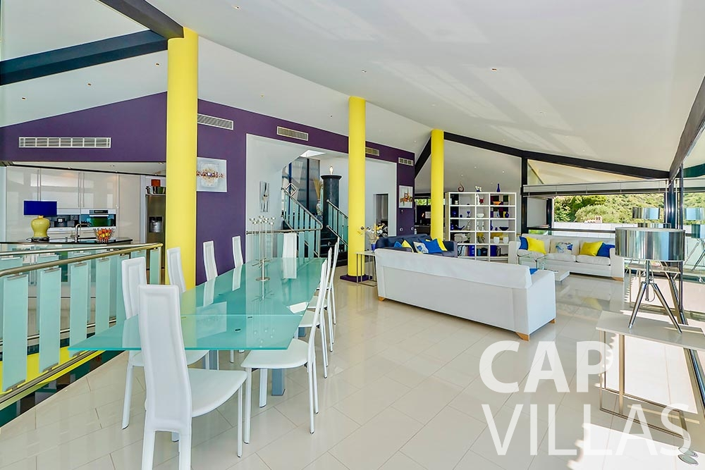 let Villa Grazioli eze sur mer grazioli living area