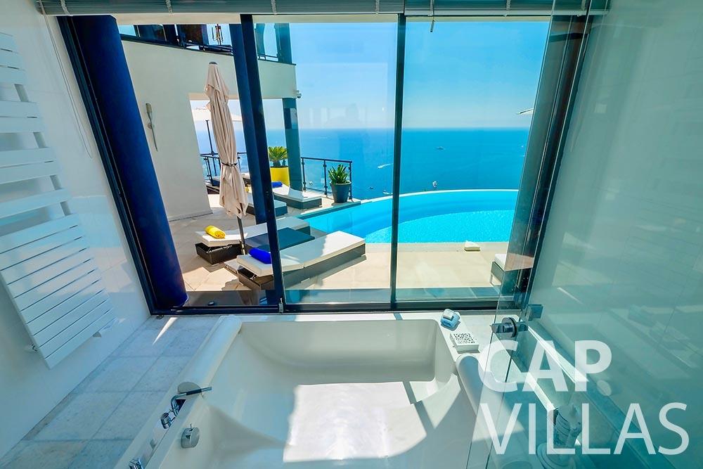 rent Villa Grazioli eze sur mer grazioli batoom sea view