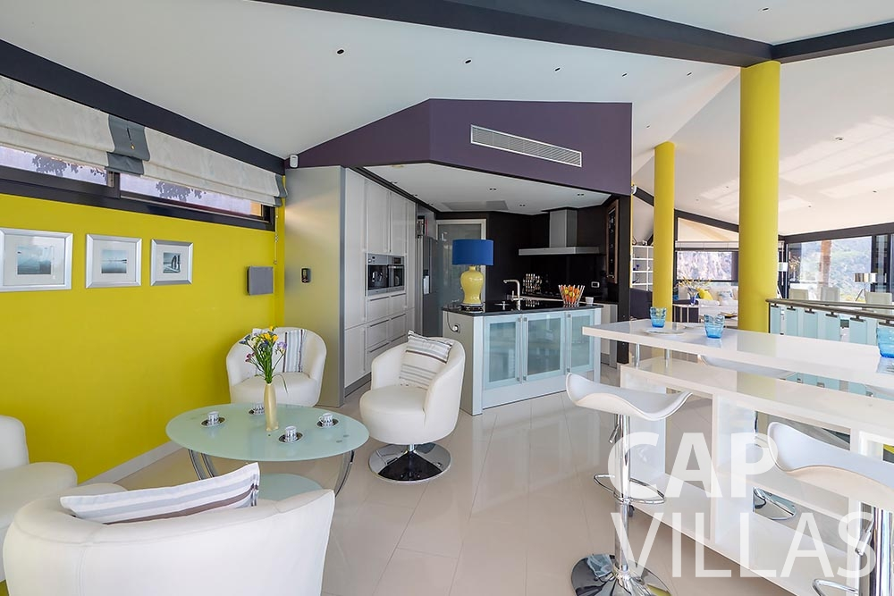 rent Villa Grazioli eze sur mer grazioli kitchen