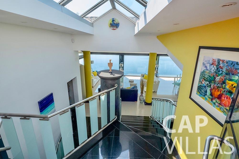 rent Villa Grazioli eze sur mer grazioli stairs