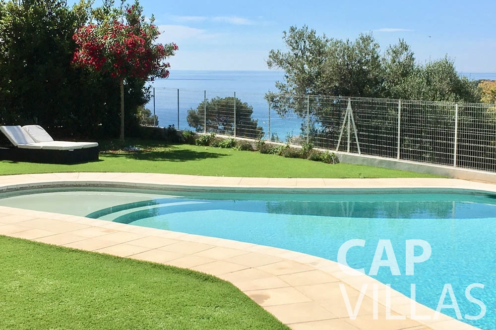 Villa Hortensia for let roquebrune cap martin hortensia swimming pool