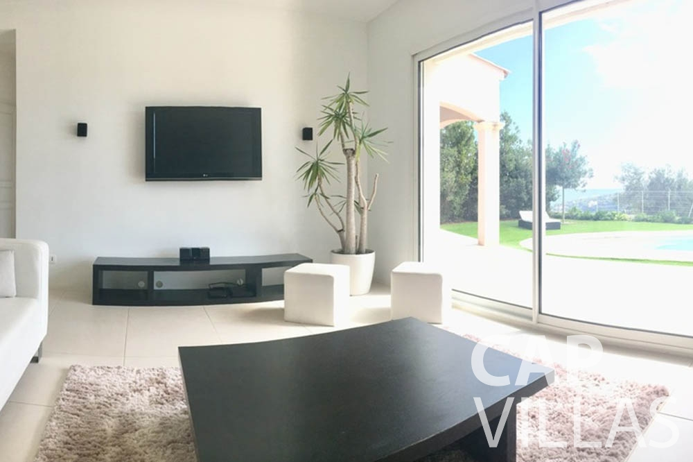 Villa Hortensia for rent roquebrune cap martin hortensia living room