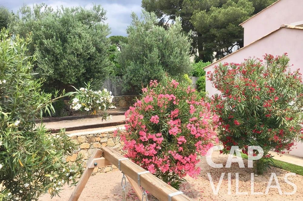 Villa Hortensia for rent roquebrune cap martin hortensia playground area