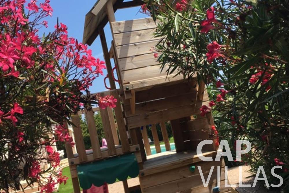 Villa Hortensia for rent roquebrune cap martin hortensia playground
