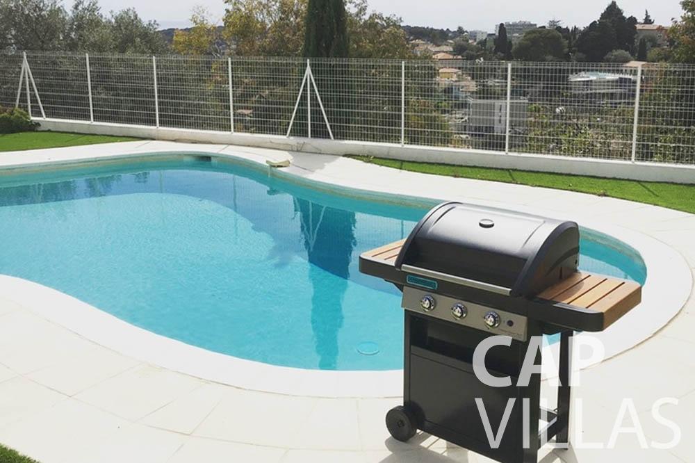 Villa Hortensia for rent roquebrune cap martin hortensia pool bbq