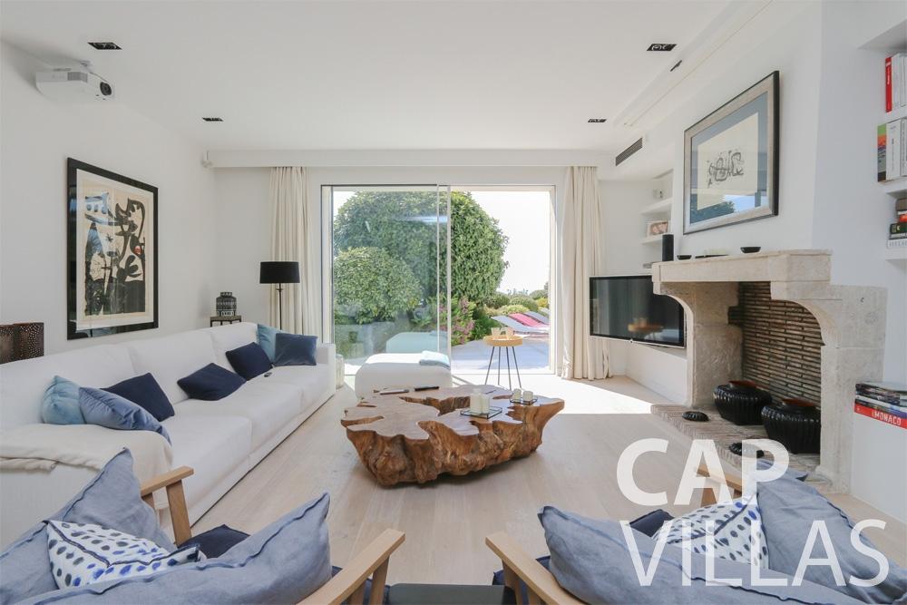 holiday rental Villa Hyacinth villefranche living area