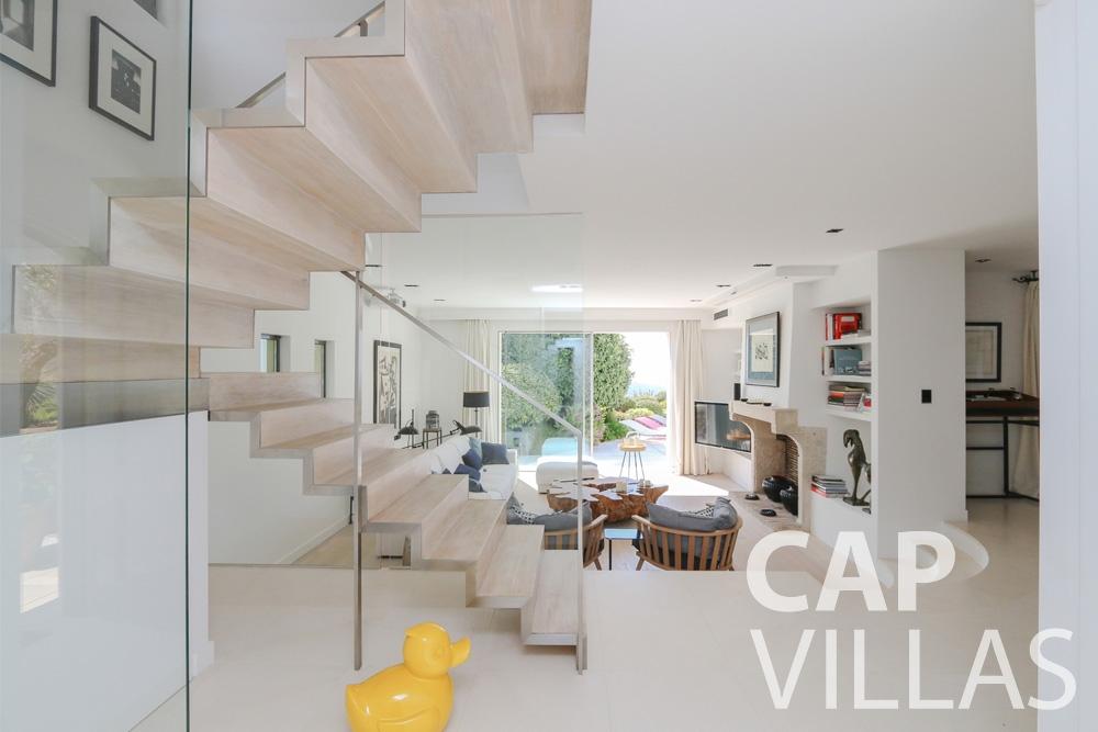 let Villa Hyacinth villefranche living area