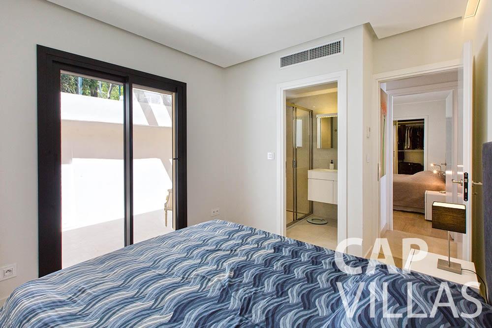 let Villa Infinity infinity roquebrune cap martin bedroom