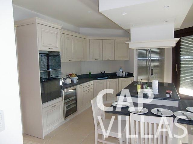 let Villa Iris eze sur mer iris kitchenJPG