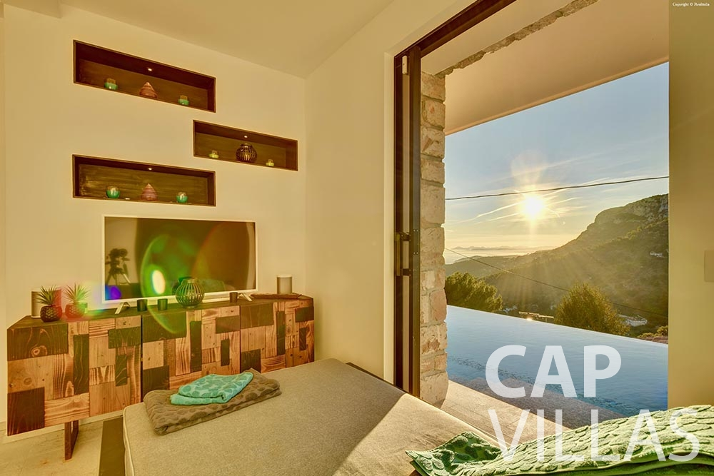 rent Villa Turbie la turbie cap dail bedroom view