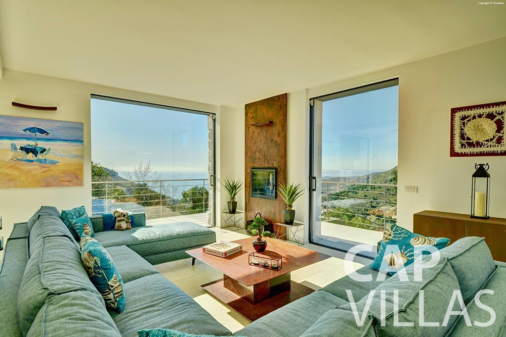 rent Villa Turbie la turbie cap dail living area