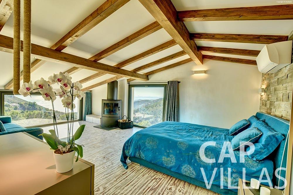 rent Villa Turbie la turbie cap dail master bedroom