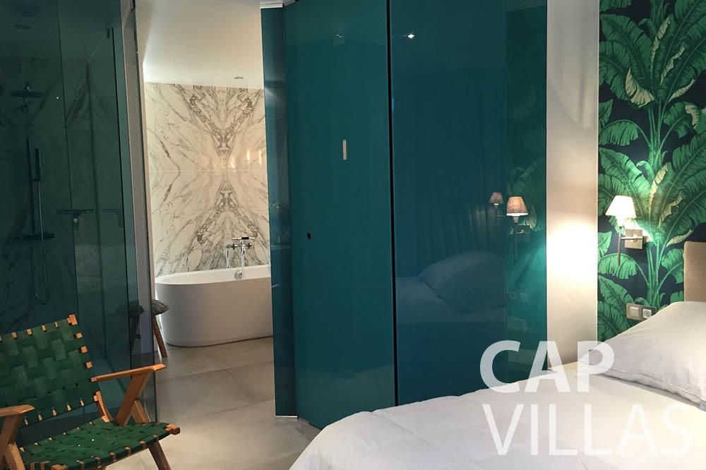 rent Villa Eze Sur Mer eze sur mer laurence bedroom