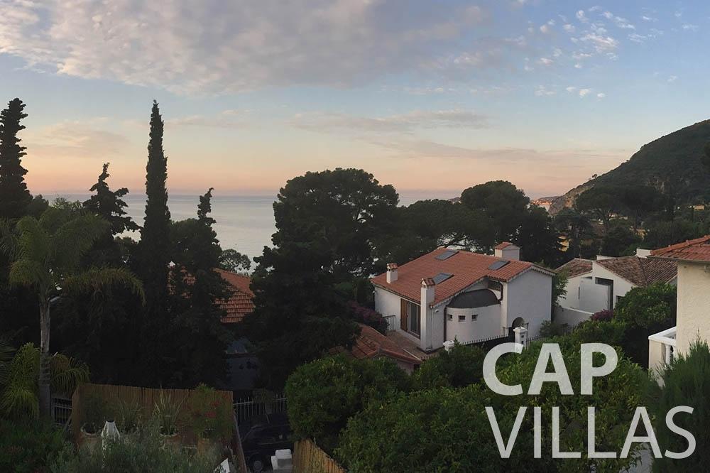 Villa Eze Sur Mer for let eze sur mer laurence property view