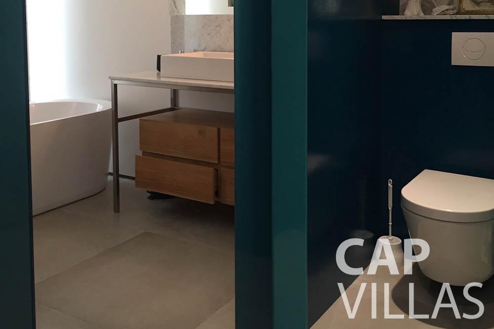 Villa Eze Sur Mer for rent eze sur mer laurence batoom