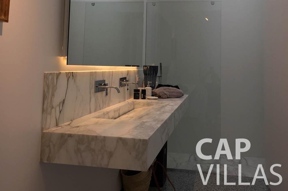 Villa Eze Sur Mer for rent eze sur mer laurence batoom sink