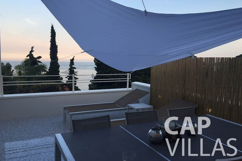 Villa Eze Sur Mer for rent eze sur mer laurence outdoor dining area