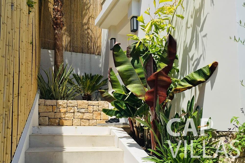 Villa Eze Sur Mer for rent eze sur mer laurence stairs