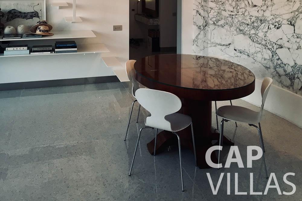 Villa Eze Sur Mer for rent eze sur mer laurence table