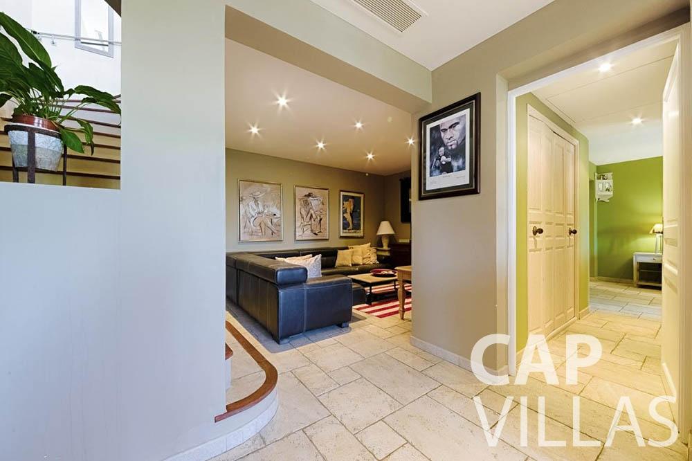 Villa Le Roc for let eze le roc living area