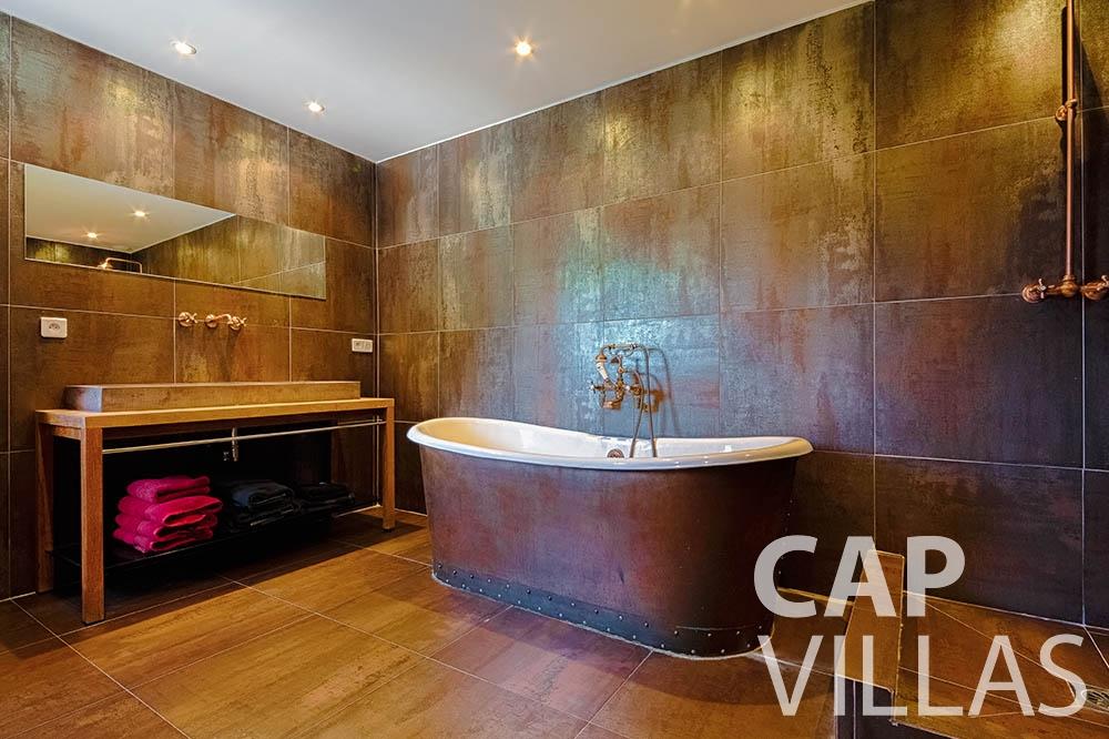 Villa Le Roc for rent eze le roc batoom