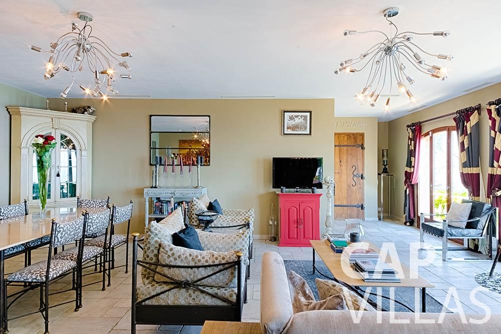Villa Le Roc for rent eze le roc living area