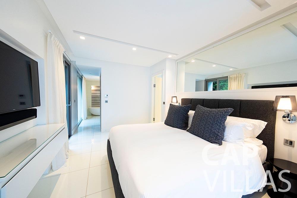 holiday rental magnifique eze sur mer bedroom