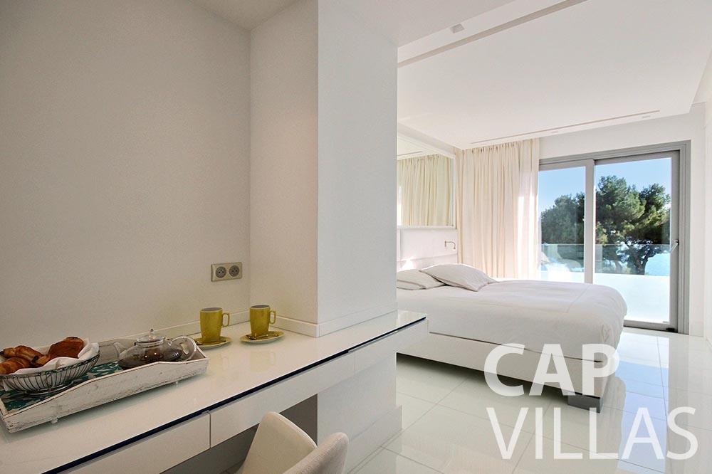 rent Villa Magnifique magnifique eze sur mer bedroom