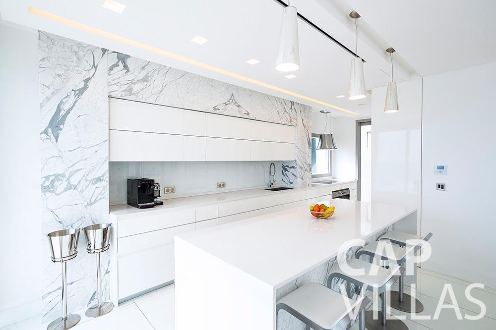 rent Villa Magnifique magnifique eze sur mer kitchen