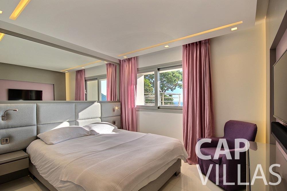 vacation Villa Magnifique magnifique eze sur mer bedroom