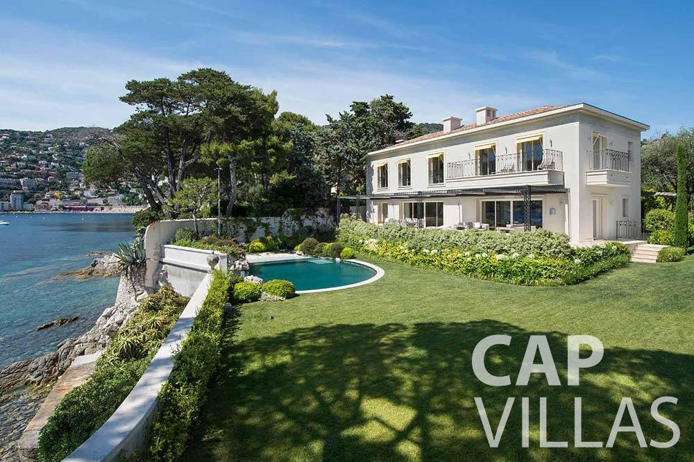 let Villa Mas de La Rube cap ferrat mas de la rube property view