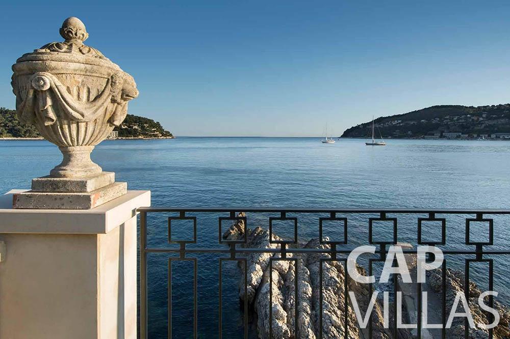 rent Villa Mas de La Rube cap ferrat mas de la rube sea view