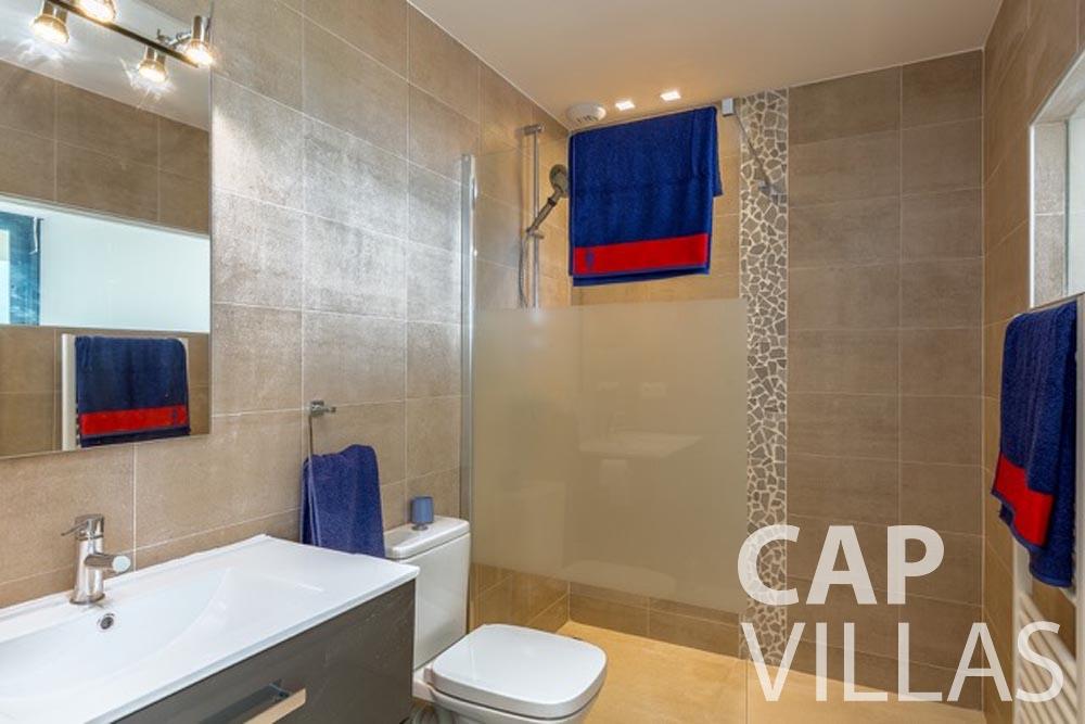 Villa Paros for let eze sur mer paros batoom