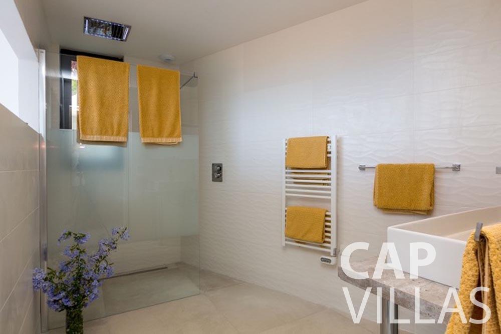 Villa Paros for rent eze sur mer paros batoom