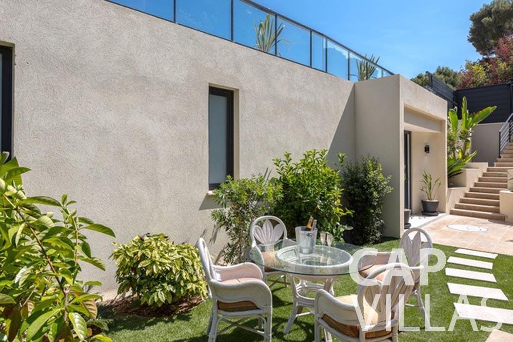 Villa Paros for rent eze sur mer paros garden