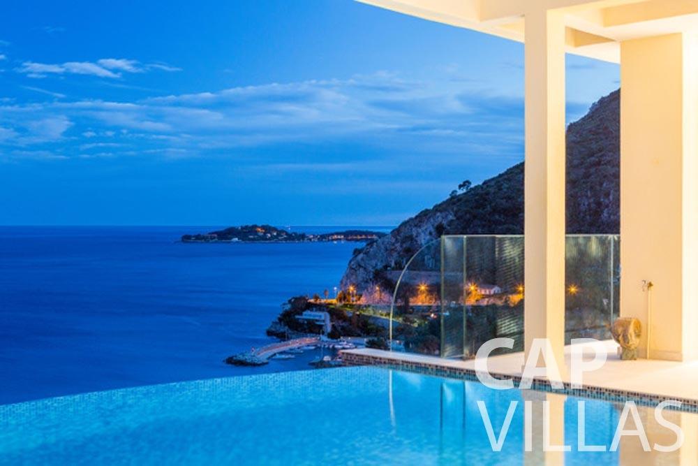 Villa Paros for rent eze sur mer paros pool