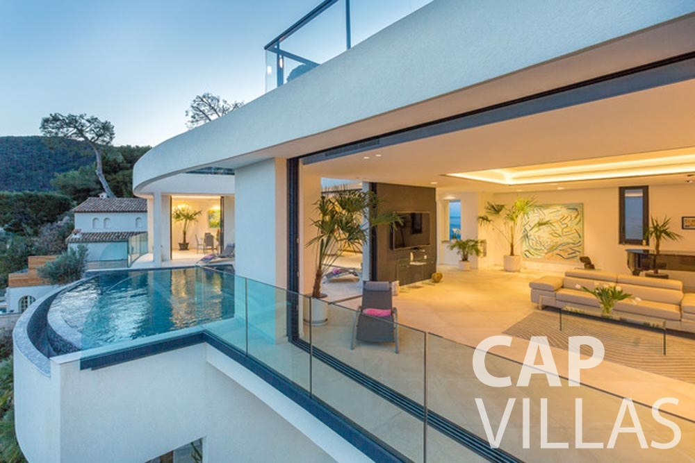 Villa Paros for rent eze sur mer paros upfront
